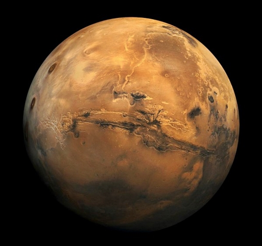 Mars, the Red Planet (NASA photo)